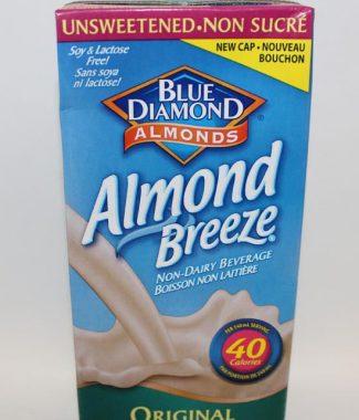 MILK BLUE DIAMOND ALMOND BREEZE UNSWEETENED 946 ML TETRA